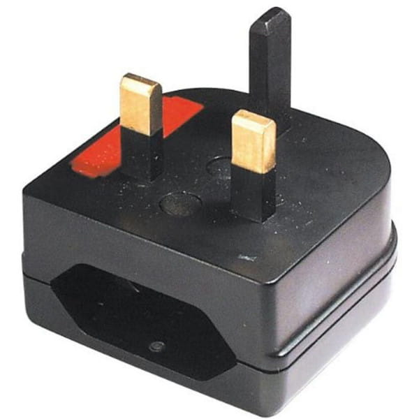 Adapter UK- auf Euro-Stecker